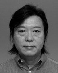 井上治(政経学部教授)