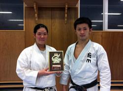椎名選手(左)、伊藤選手(右)