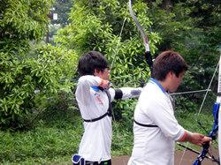 松井選手(左)