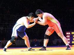 谷田選手(左)