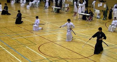 小林選手(右から2人目)