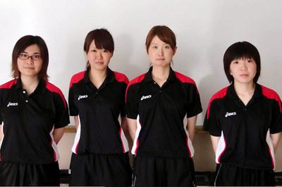 女子出場選手(左から冨田、向後、武者、関選手)
