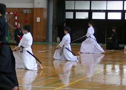 船橋選手(中央)