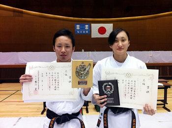 石塚選手(左)、菊地選手(右)