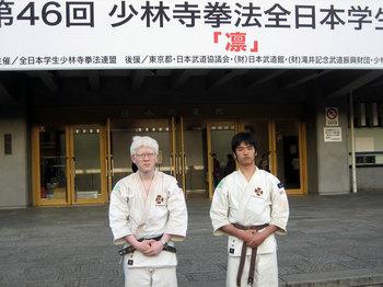 穂谷選手(左)、安田選手(右)