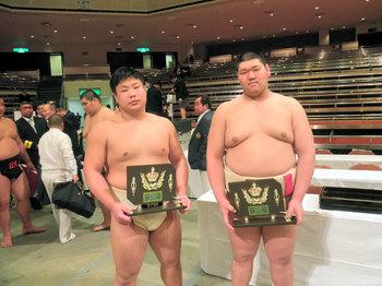 武田選手(左)、黒川選手(右)